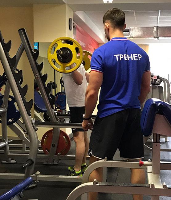 Артём Петров тренер тренажёрного зала СК Медведь Сочи
